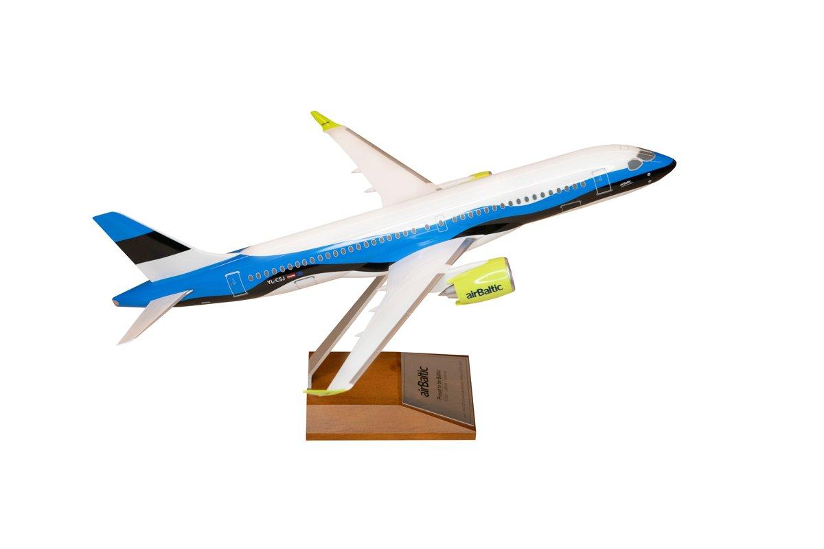 Lidmodelis ar Igaunijas krāsojumu Airbus A220-300